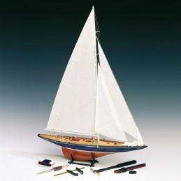 Endeavour 1934 avec outils 1/80 bateau en bois Amati