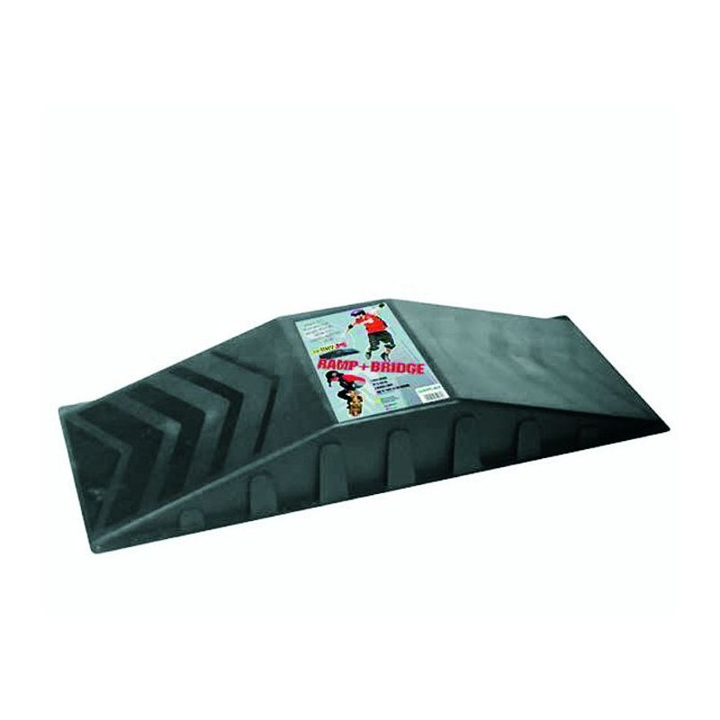 rampe de saut skateboard voiture radiocommand 262093. Black Bedroom Furniture Sets. Home Design Ideas