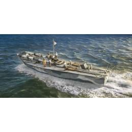 Boat Vosper MTB 74 and Crew...