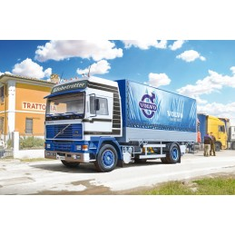 Volvo FH16 cloaked with...