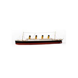 Building boat RMS Titanic...