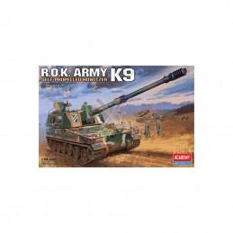 M4A3E8 Easyeight 1/35 Academy